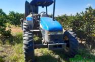 Trator New Holland TL 75 E 4x4 ano 06