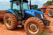 Trator New Holland TL 85 E 4x4 ano 16