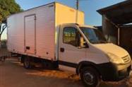 Caminhão Iveco DAILV 55c16 ano 11
