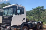 Caminhão Scania G 440 ano 14