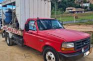 Caminhão Ford F 4000 ano 97