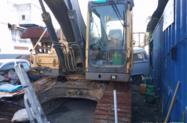 Escavadeira marca volvo b 210 ano 2013