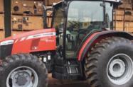 Trator Massey Ferguson 6712R 4x4 ano 18