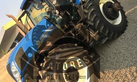 Trator New Holland T7.205 4x4 ano 14