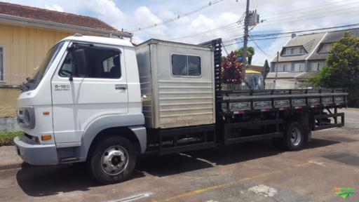 Alugo Caminhão com cabine complementar de 8 a 11 passageiros
