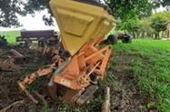 Cultivador cana crua
