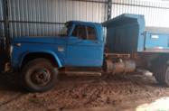 Caminhão Dodge CAÇAMBA ano 75