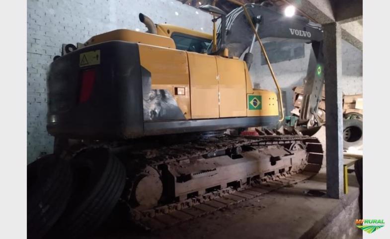 Escavadeira Volvo EC140 BLC Prime ano 2015