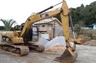 Escavadeira Caterpillar 312 DL ano 2011 com 8500 horas trabalhadas