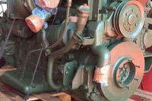 Motor Mercedes-Benz om447la 354cv completo