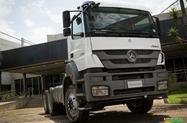 Caminhão Mercedes Benz (MB) 3344 Plataforma ano 17
