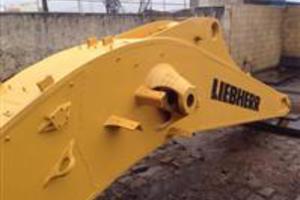 Desmanche Carregadeira / Escavadeira Liebherr (Peças Usadas/Semi-novas)