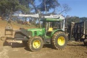 Trator john deere 6110e 2012 com carregador florestal TMO 7.60 2014