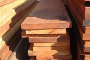 Madeira certificada para fabricação de móveis