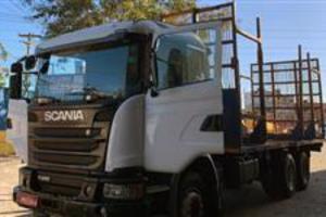 Caminhão Scania  ano 17