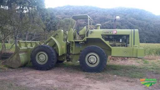 PÁ CARREGADEIRA - TEREX 72-52B - Série T-2812 - ANO 1979