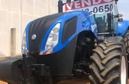 Trator New Holland T8.270 4x4 ano 14