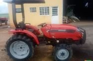 Trator Agrale 4230 4x4 ano 12
