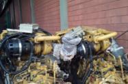 MOTORES CATERPILLAR 12 CILINDROS COM POTENCIA DE 380HP EM 1800RPM E REVERSORES COM REDUCAO DE 4.55:1