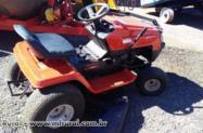 Micro Trator  MTD ano 98 acoplado com roçadeira para jardim