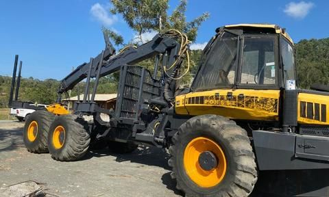 Forwarder Ponsse modelo Buffalo King 2010 6x6