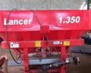 Adubadeira Lancer 1.350