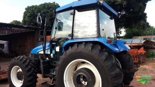 Trator New Holland TL 95 E 4x4 ano 12