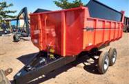 Carreta Agrícola Basculante 6 toneladas rodado tandem com pneus m. São Jose (Nova)