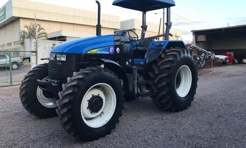 Trator New Holland TS 6020 4x4 ano 08