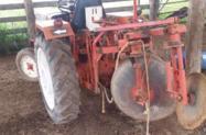 Trator Agrale 4200 4x2 ano 00